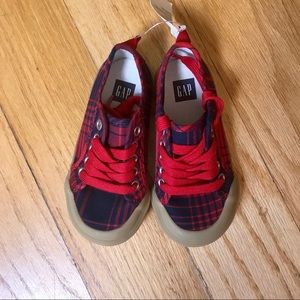 NWT Gap Plaid Sneakers